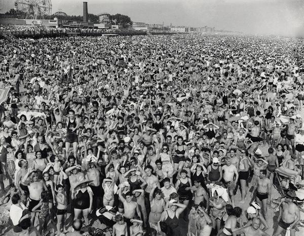 Crowd at Coney Island, 1940.