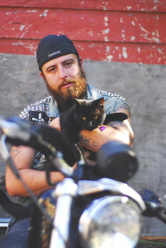 Heavy-Metal-Cats-Alexandra-Crockett-pixanews-1