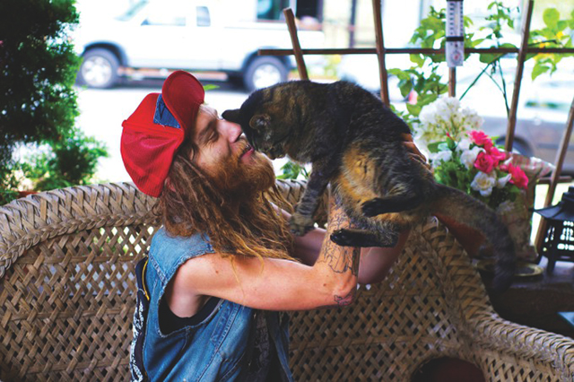 Heavy-Metal-Cats-Alexandra-Crockett-pixanews-13-680x453