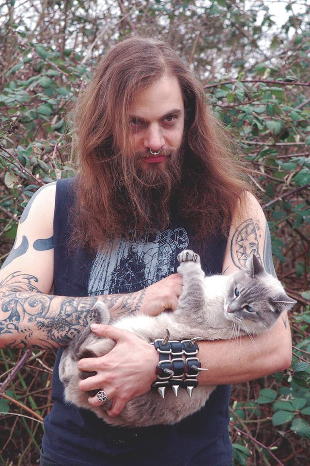 Heavy-Metal-Cats-Alexandra-Crockett-pixanews-14