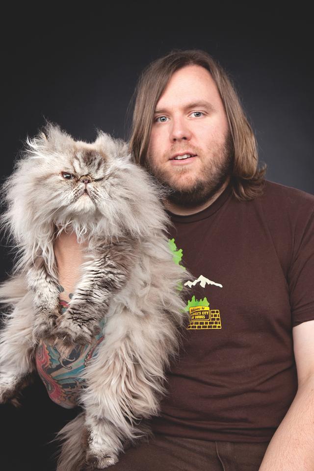 Heavy-Metal-Cats-Alexandra-Crockett-pixanews-2