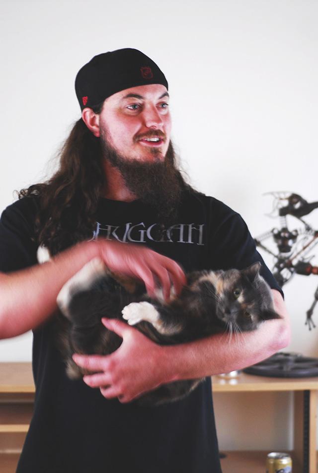 Heavy-Metal-Cats-Alexandra-Crockett-pixanews-4